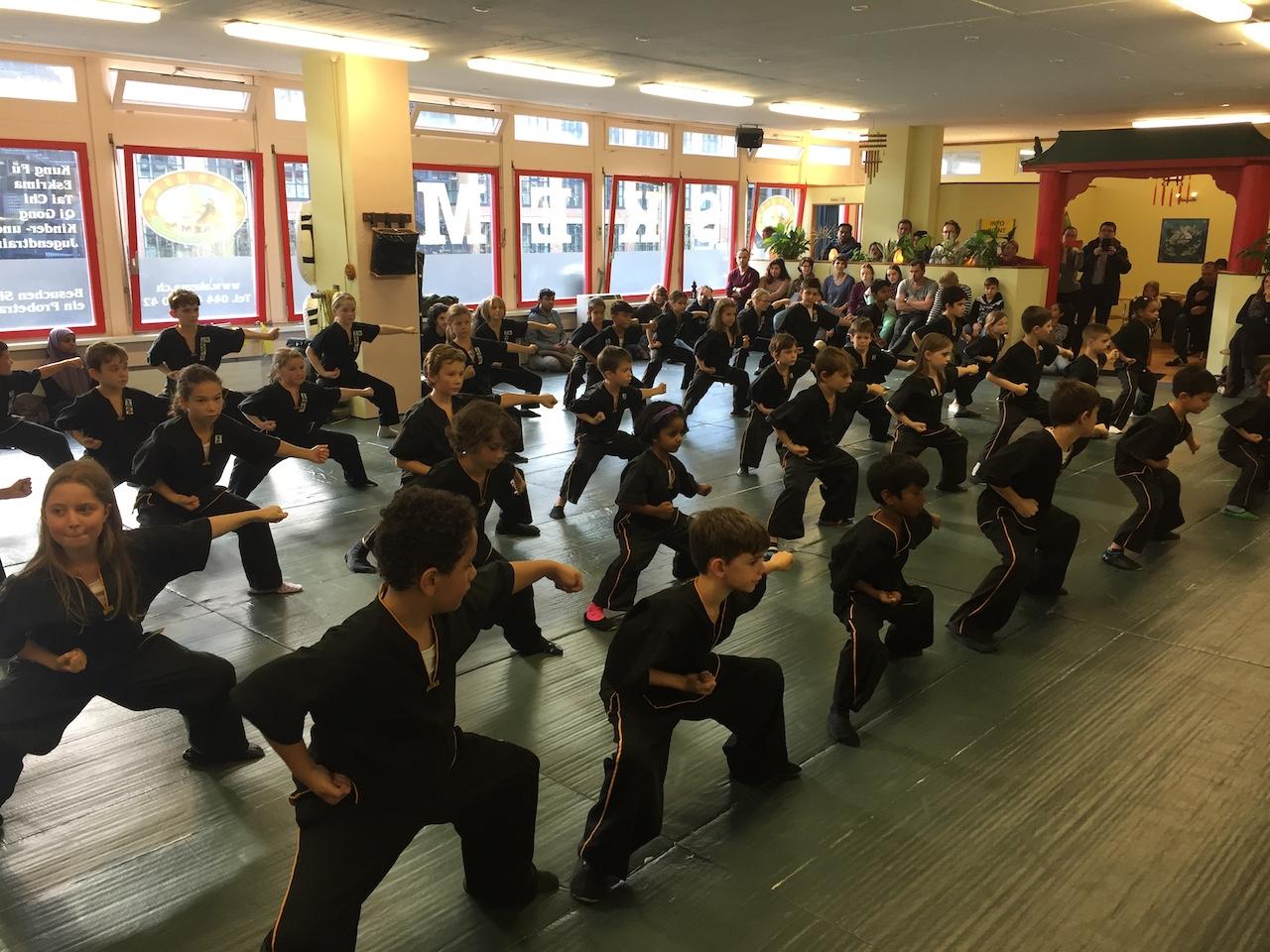 Kung Fu Projekt Selbstvertrauen und Selbstverteidigung Urdorf